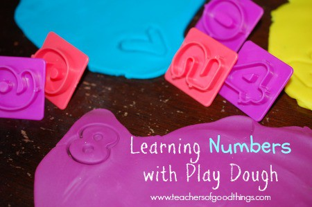 Learning Numbers with Play Dough www.joyinthehome.com.jpg