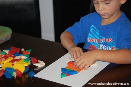 Learning patterns through learning boxes | www.joyinthehome.com